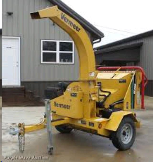 "Brush Chipper, 6"" capacity"